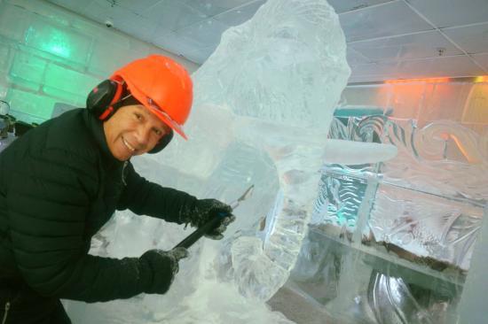 Queenstown, Nya Zeeland: Ice Carving!
