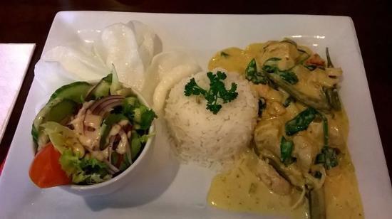 Eynsham, UK: Thai chicken curry