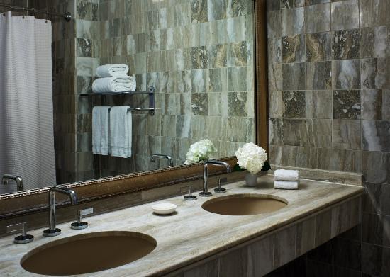 Kimpton Morrison House: Vanity