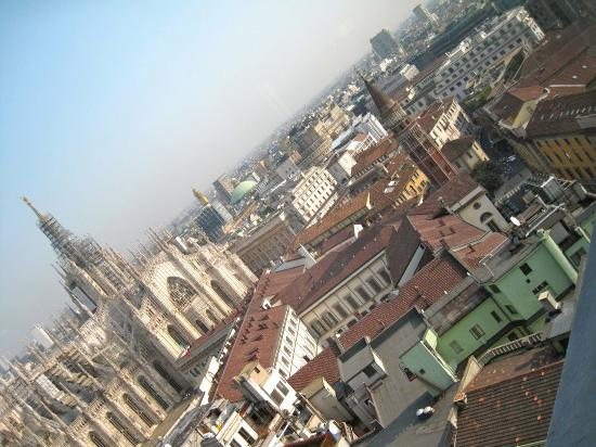 particolare panorama di MIlano - Foto di Terrazza Martini ...