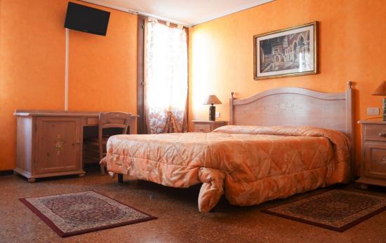 Best Holidays Venice B&B: Double Room