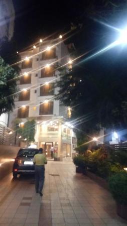 Hotel Accolade: IMG_20160223_212731_large.jpg