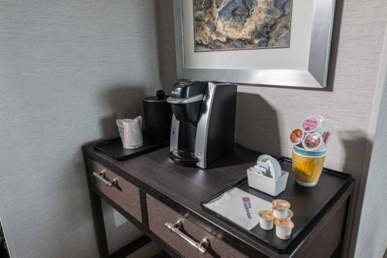 Hilton Garden Inn Portsmouth Downtown: In-room Coffee