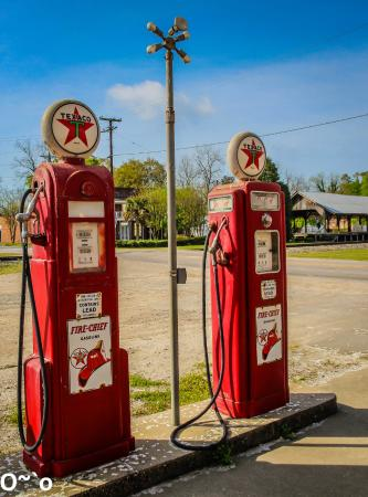 Cope, SC: Old Gas pumps