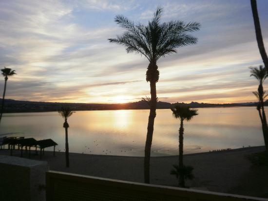 lake havasu at sunrise from second floor balcony beach suite rh tripadvisor com