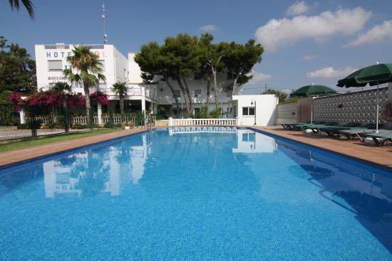 Hotel sol benicarl castell n opiniones comparaci n for Piscina y candidiasis