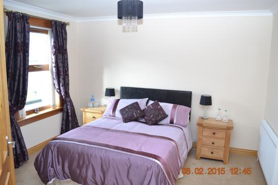 Cairnryan, UK: Loch view double en-suite room
