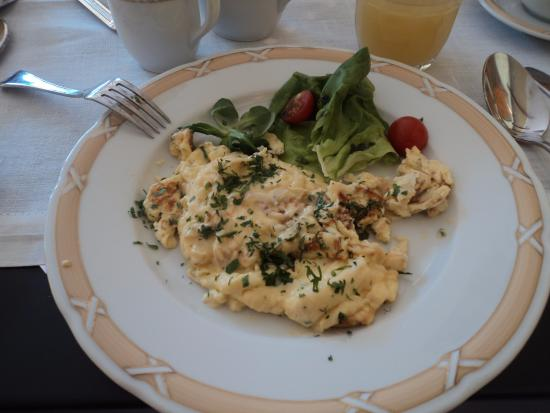 Grotthuss Hotel: Scrambled eggs for breakfast