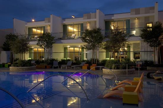 Bungalow Suite At The Pool Picture Of Palms Casino