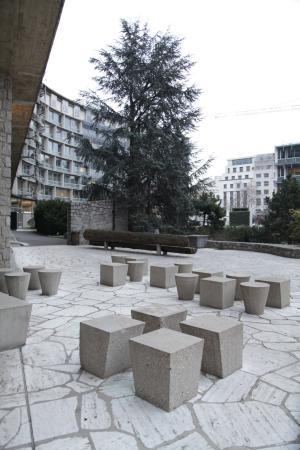 París, Francia: внутренний двор