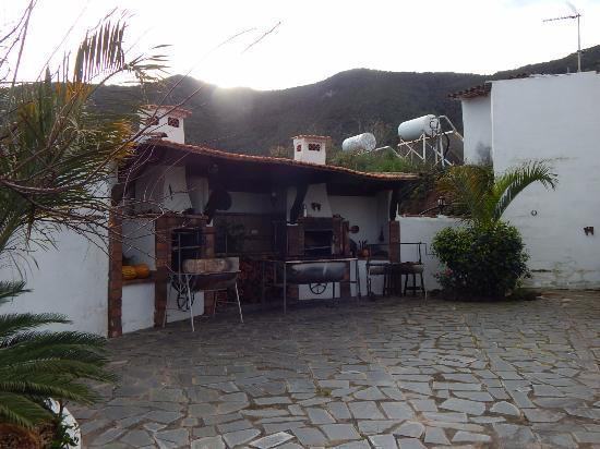 Los Silos, Ισπανία: Barbeque-Bereich des Hotels