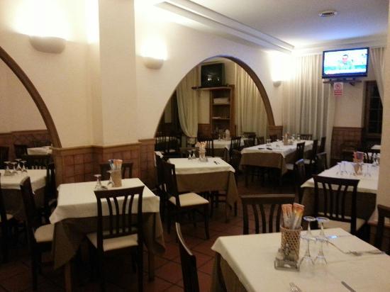 Inflar Fonética operador  LA PERLA, Rome - Via Bragadin, Trionfale - Restaurant Reviews & Photos -  Tripadvisor