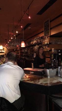 Creo Restaurant: Fun, easy high end hang out!🍸