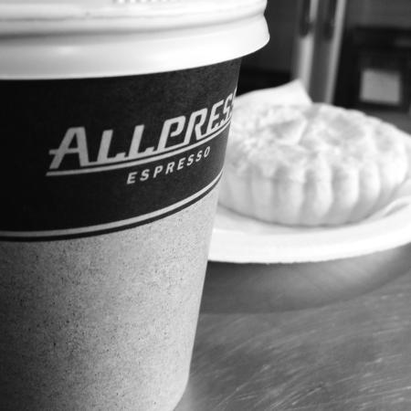 Twizel, نيوزيلندا: Coffee and pie combo