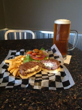 Allendale, MI: Stuffed Burger and Tall Brew