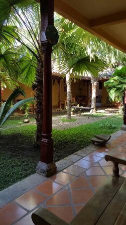 Hotel La Pergola: 20160221_081334_large.jpg
