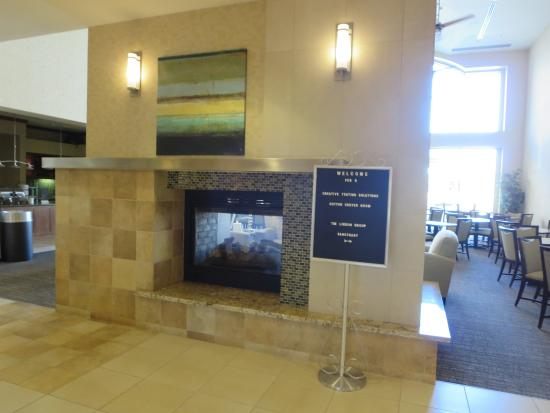 Homewood Suites by Hilton Phoenix Airport South: Lobby