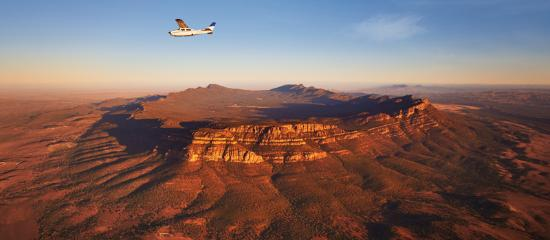 Flinders Ranges, Australia: Scenic flight over Wilpena Pound
