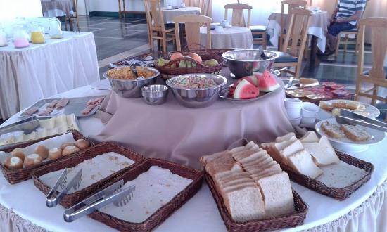 Hotel Escorial: excelente desayuno