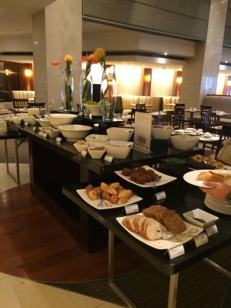 breakfast buffet at the cape town westin hotel picture of the rh tripadvisor co za