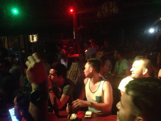 Frendz Resort Boracay: pasta & live music night :)