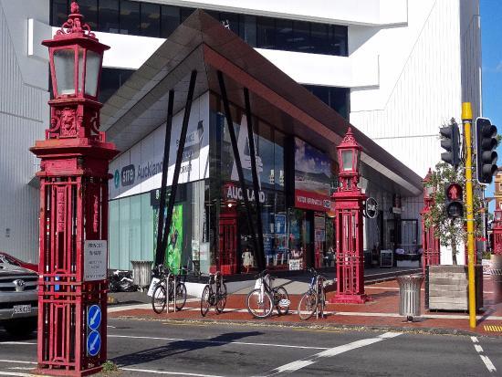 Auckland i-SITE Visitor Information Centre - Princes Wharf