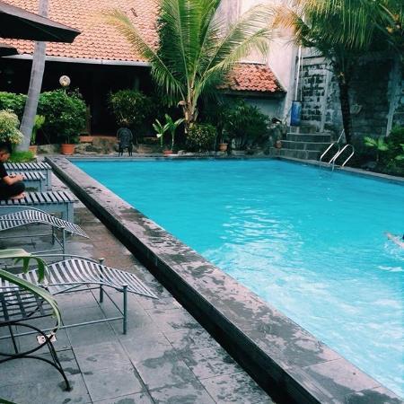 Harmony Inn : kolam renang