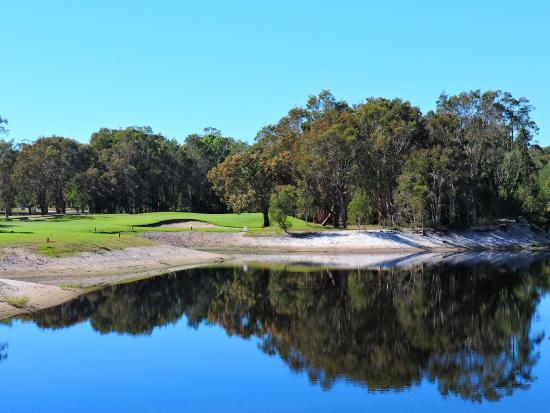 ‪Bribie Island Golf Club‬