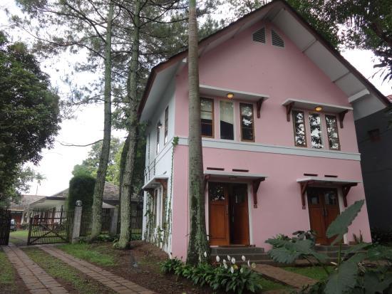 Pondok Cipaheut Dago Villa