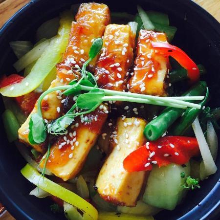Peko Peko: teriyaki tofu meal