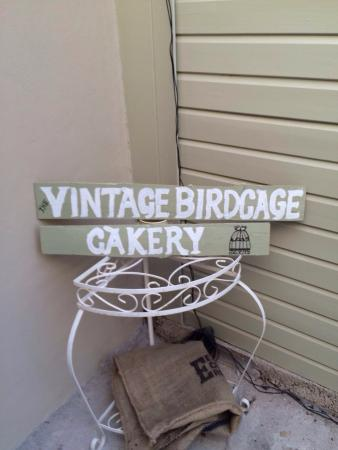 The Vintage Birdcage Cakery