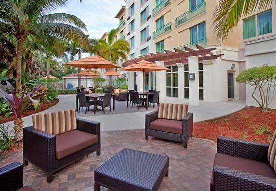 Courtyard Fort Lauderdale SW/Miramar: Outdoor Patio