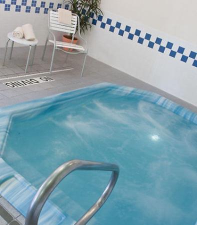 Fairfield Inn & Suites Norman: Indoor Spa