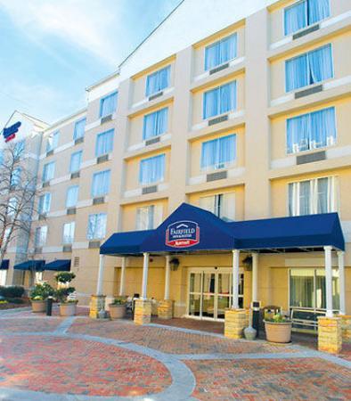 Fairfield Inn & Suites Atlanta Buckhead: Exterior