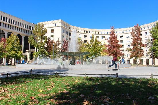 Place de l 39 europe montpellier photo de office de tourisme et des congr s de montpellier - Office du tourisme montpellier ...