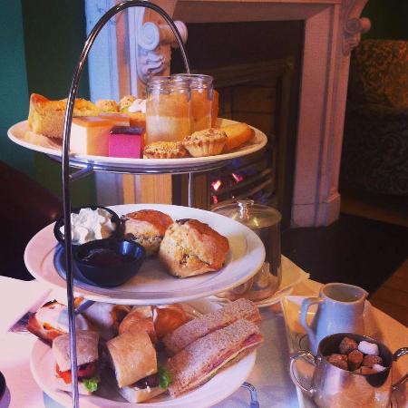 Roganstown Hotel and Country Club: Afternoon tea