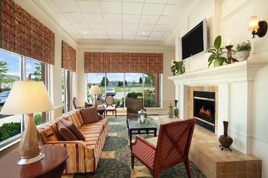 Hilton Garden Inn Harrisburg East: Lobby