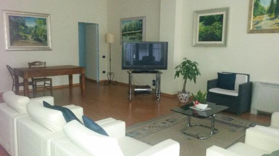 La Vela: Sala TV