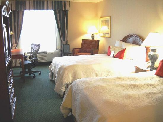 Hilton Garden Inn Plymouth: Standard Two Double Room