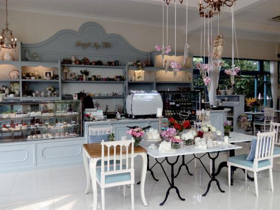 Angel Cake & Dessert Cafe