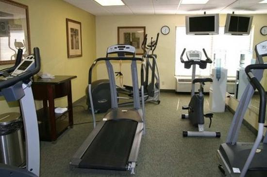 Hampton Inn Central Naples: Fitness Center