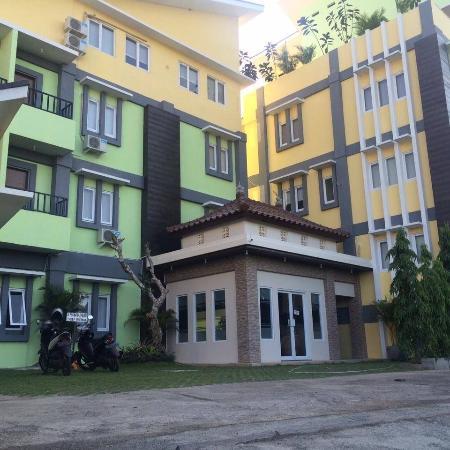 Swarhaloka Residence