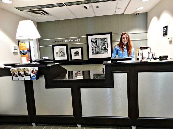 Buckhannon, WV: Front Desk