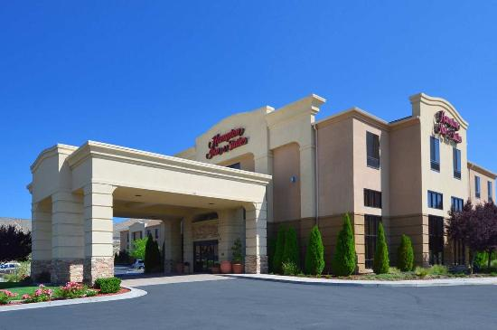 Photo of Hampton Inn & Suites Carson City