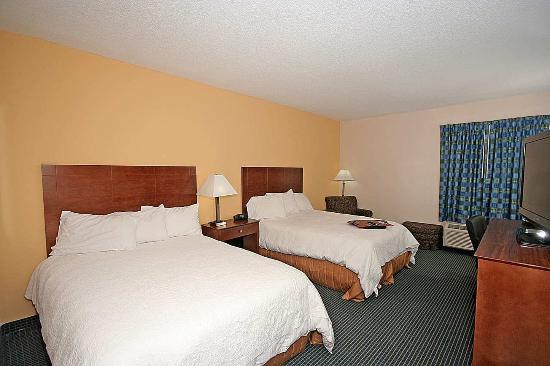 Max Meadows, VA: Double Bed