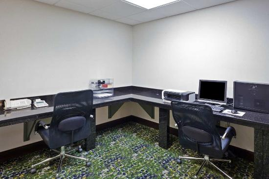 Brooklyn, OH: Business Center