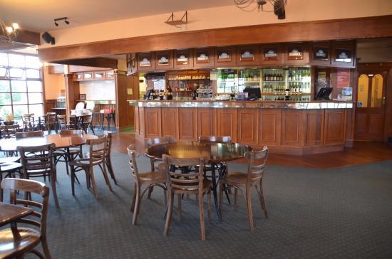 Robbie's Bar & Bistro: Robbie's bar et bistrot