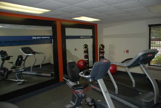 Hampton Inn Darien-I-95: Fitness Center