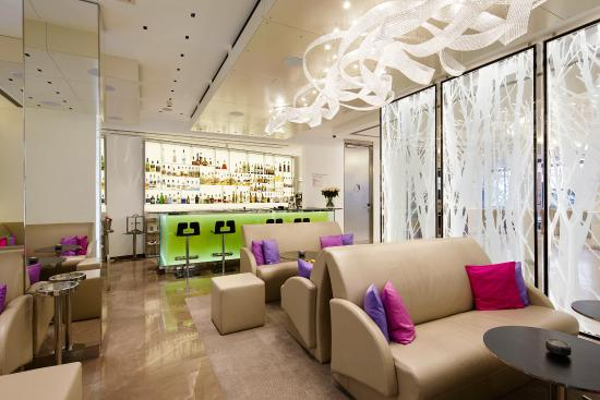Lobby bild von design hotel josef prague prag tripadvisor for Design hotel jewel prague tripadvisor