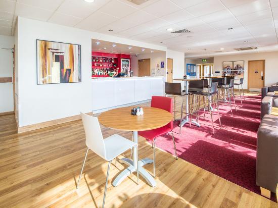 Travelodge London Central Tower Bridge: Bar Cafe